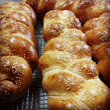 The Life House: Fresh Baked Challah Bread