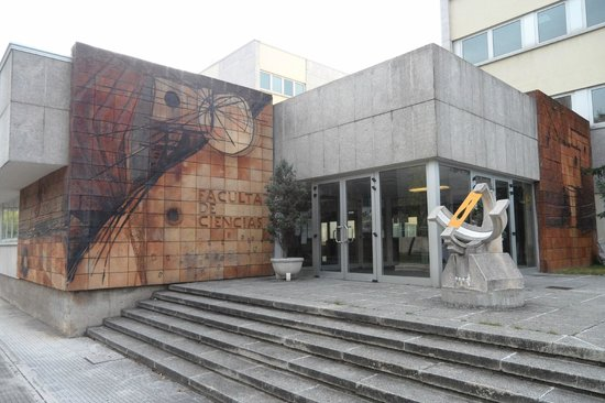 Hostal Rocamar: Edificio Cercano