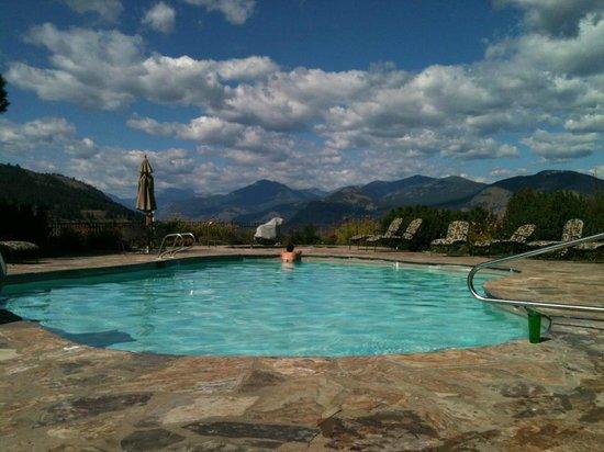 Sun Mountain Lodge : Hot Tub View