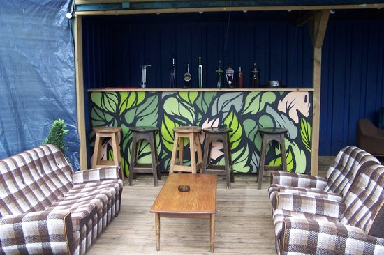 William Byrne's Bar and Guesthouse: BEER GARDEN