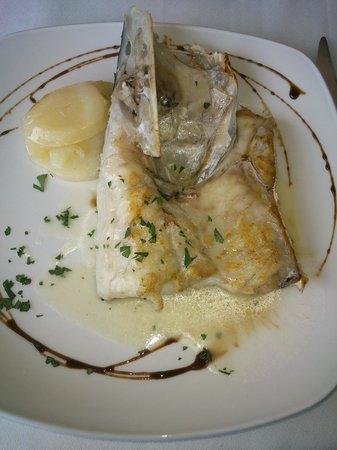 Kaskazuri : Cogote de merluza de menú del día