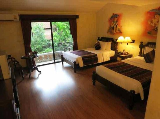 Yaang Come Village: Superior room