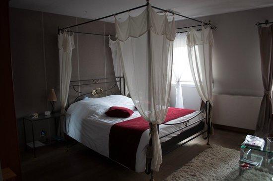 Villa des Raisins: bedroom