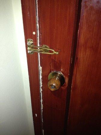 Hotel di Porta Romana: Una porta, una sicurezza.