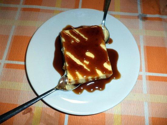La Pineta: cream caramel