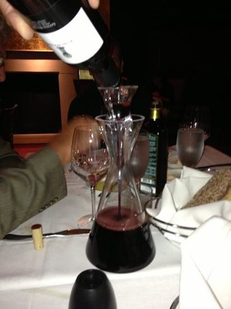Tre Monti Ristorante : wine decanter