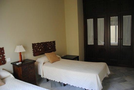Apartamentos Puerta de San Esteban: Apartamentos ccon dos dormitorios y dos camas