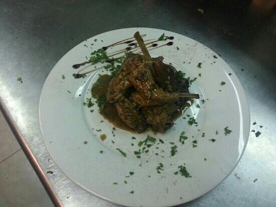 Ta' Vestru : fried rabbit