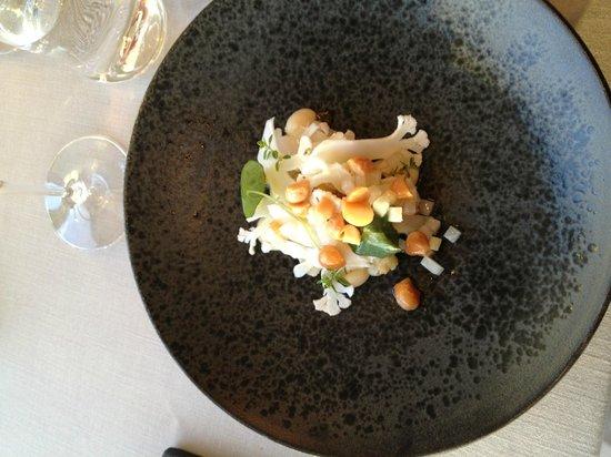 Alberto K: Smoked haddock, cauliflower, browned butter & macadamia nut