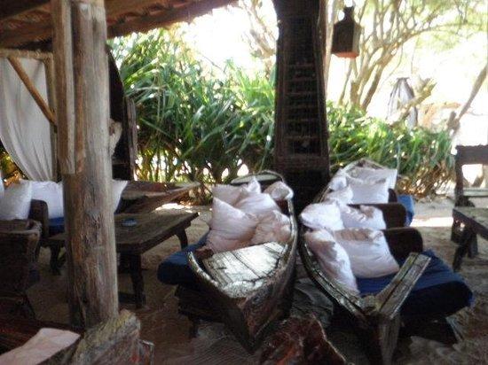 Mediterraneo Hotel & Restaurant : main sitting area