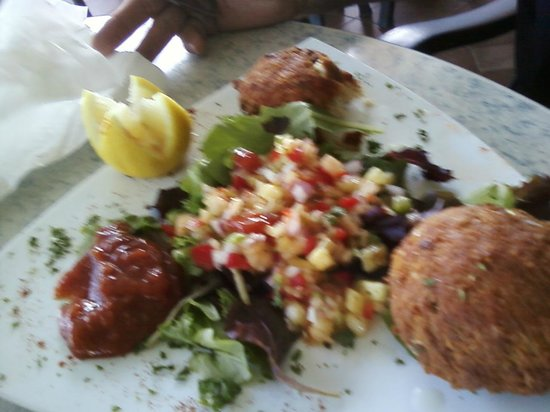 Dune Deck Cafe: Crab Cakes,