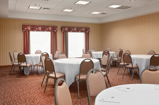 Hampton Inn Waterville: Banquet Room Holds up to 65 people