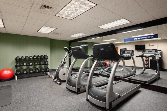Hampton Inn Waterville: Fitness Center