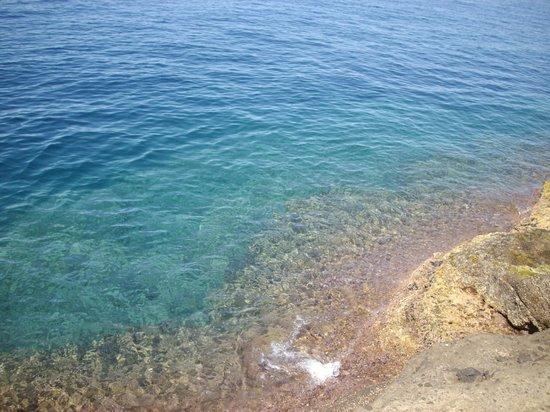 Risultati immagini per procida mare