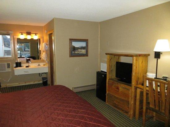Hotel Estes - Room 211