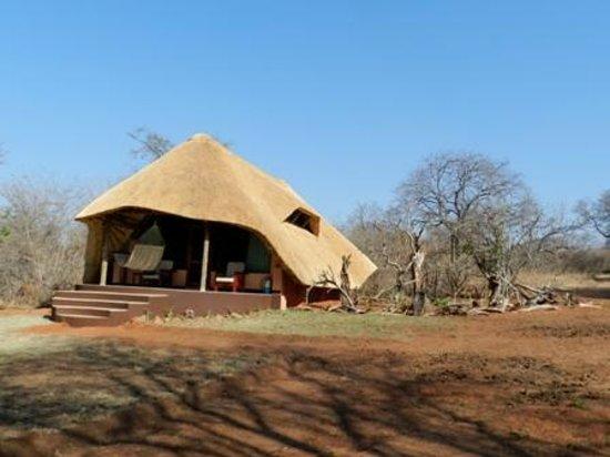 Imbabala Zambezi Safari Lodge: The Lodge we stayed in