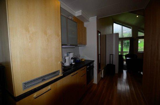 Vossestrand Hotel & Apartement : Kitchen