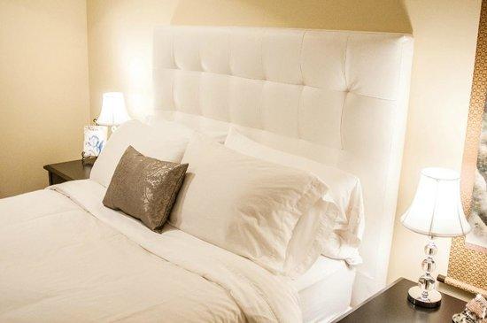 Kye Bay B&B : White Room