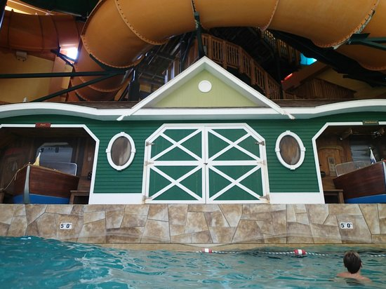 Great Wolf Lodge : Wave pool