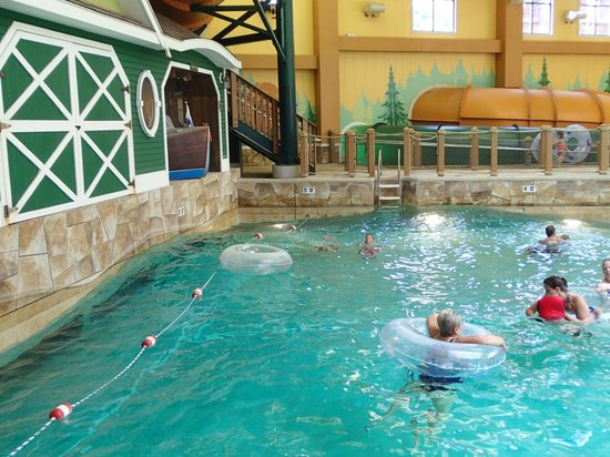 Great Wolf Lodge : The wave pool