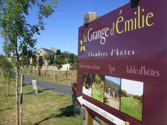 La Grange d'Emilie : Voie d'accès