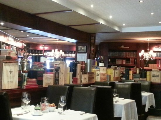 The Hussar Grill : General setting