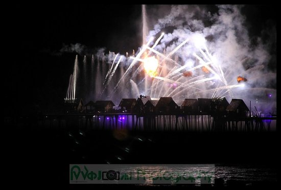 """Watertours: View of fireworks """" Songs of the Sea"""""""