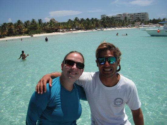 Holbox Whale Shark Tours: our awesome guide in the water Rauel?