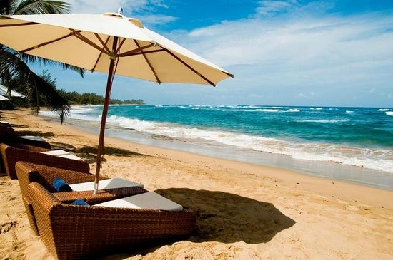 Villa Montana Beach Resort: 3 miles of pristine beach
