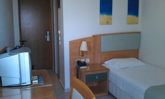 Smartline Semiramis City Hotel : Single room 511