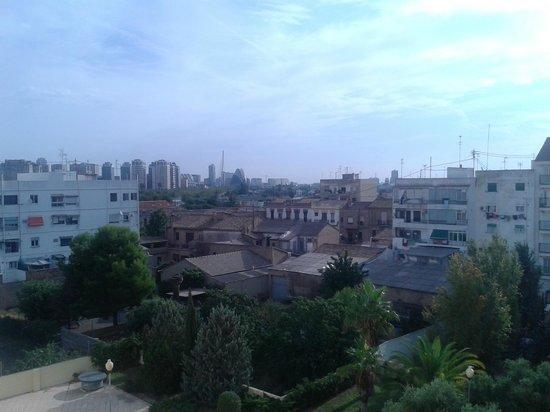 B&B Hotel Valencia Ciudad de las Ciencias: Vista sulla città della scienza