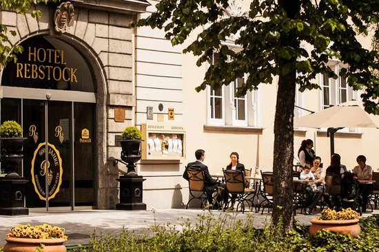 Best Western Premier Hotel Rebstock: Sommerterasse