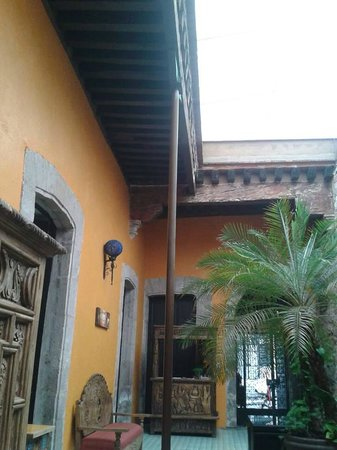 The Only Backpackers Morelia: the high roof are perfect