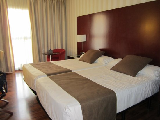Hotel Zenit Lleida: The room