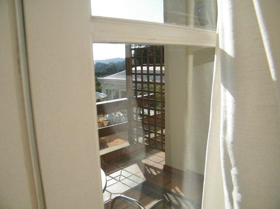 Boutique Hotel Varanda das Bromelias: Vista da varanda...