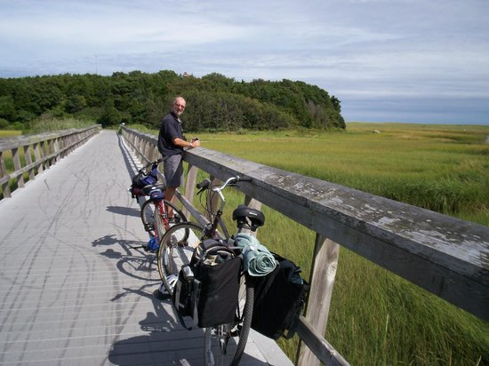 Cape Cod Rail Trail: Rail trail near National Seashore