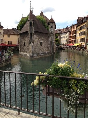 Village Camping Europa: lovely Annecy old town