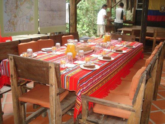 Jamu Lodge : Dining table