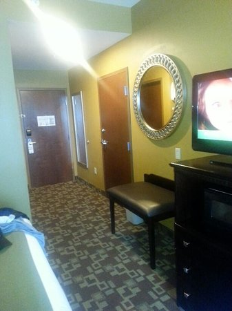 Holiday Inn Express Hotel & Suites Foley: Entry