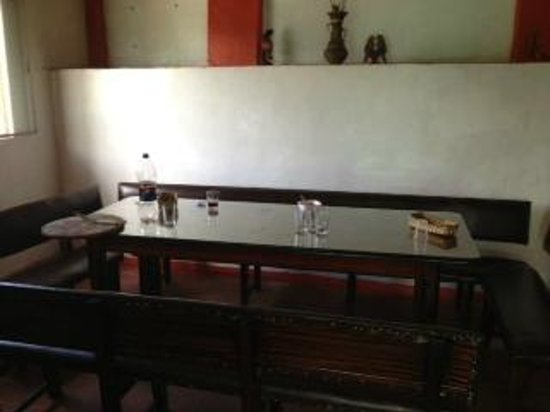 Pizzeria Bella Selva: group table