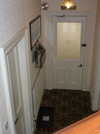Ceilidh Bed and Breakfast : Front Door