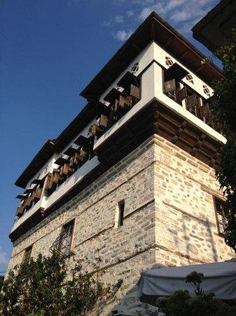 Santikos Mansion : l hotel est une maison typique du village