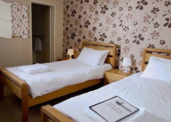 Swan Hotel: twin