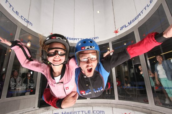 ‪iFLY Indoor Skydiving - Seattle‬