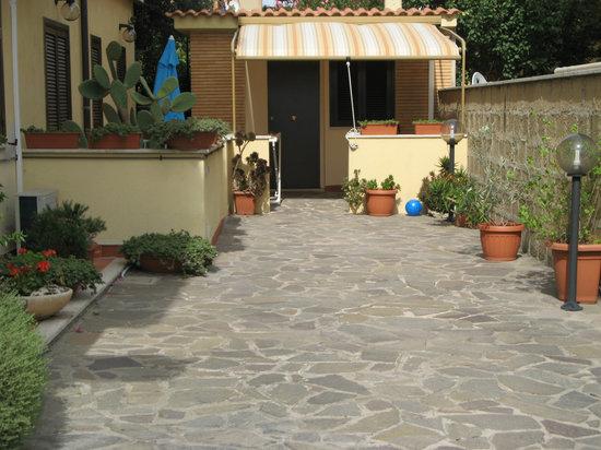 B&B La Casetta Ladispoli: Esterno Studio