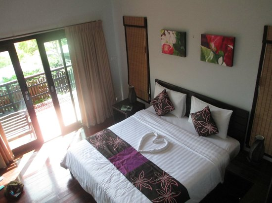 Chintakiri Resort : bedroom