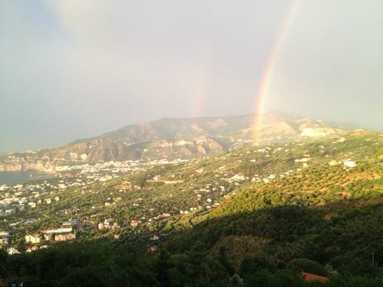Grand Hotel Hermitage & Villa Romita: indescribable feelings: a rainbow at the sunset!