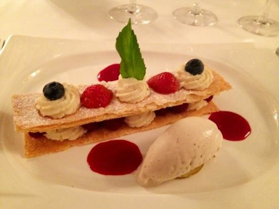 Les Annees 30 : mille feuille framboise