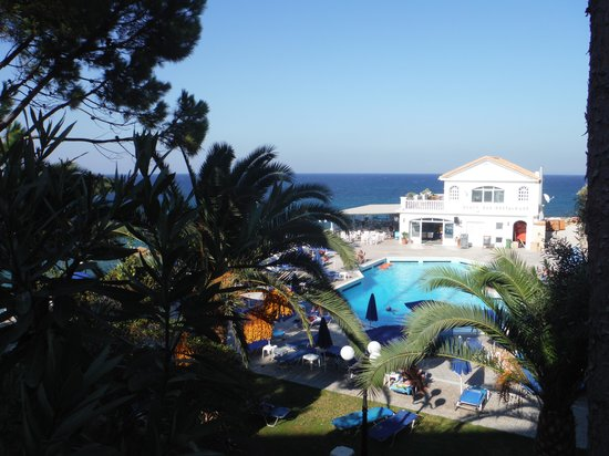 Sentido Alexandra Beach Resort: View over pool area