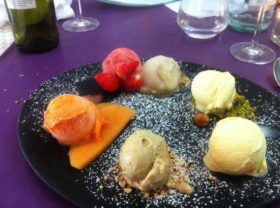 Hotel San Ranieri: ice cream on full